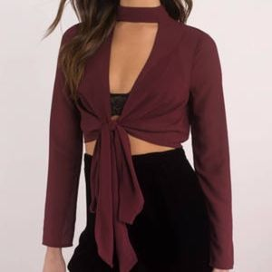 Tobi Wine Front Tie Long Sleeve Top